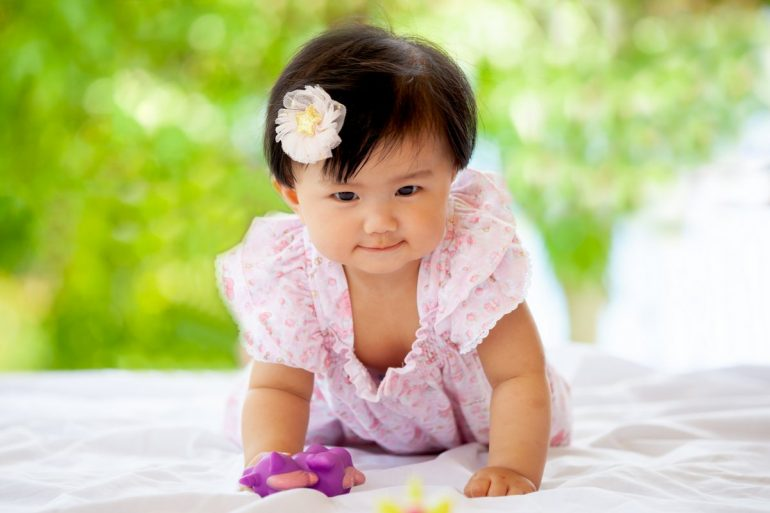 Cute asian baby girl - Popular Japanese baby names in Japan