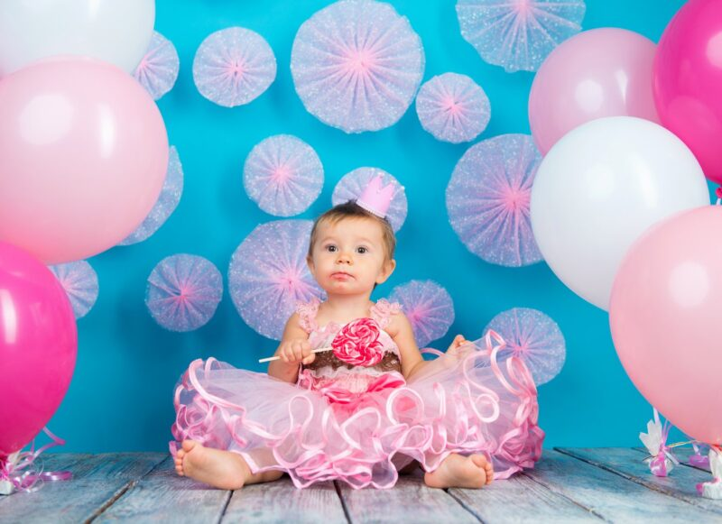 Sweet baby with lollipop - Candy-themed baby names